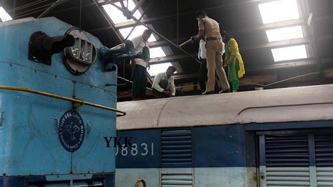 train robbery india