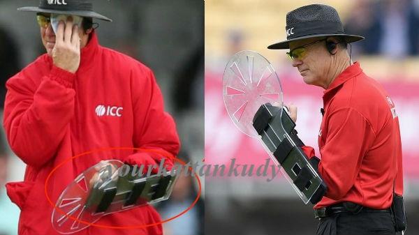 cricket umpire oxenford